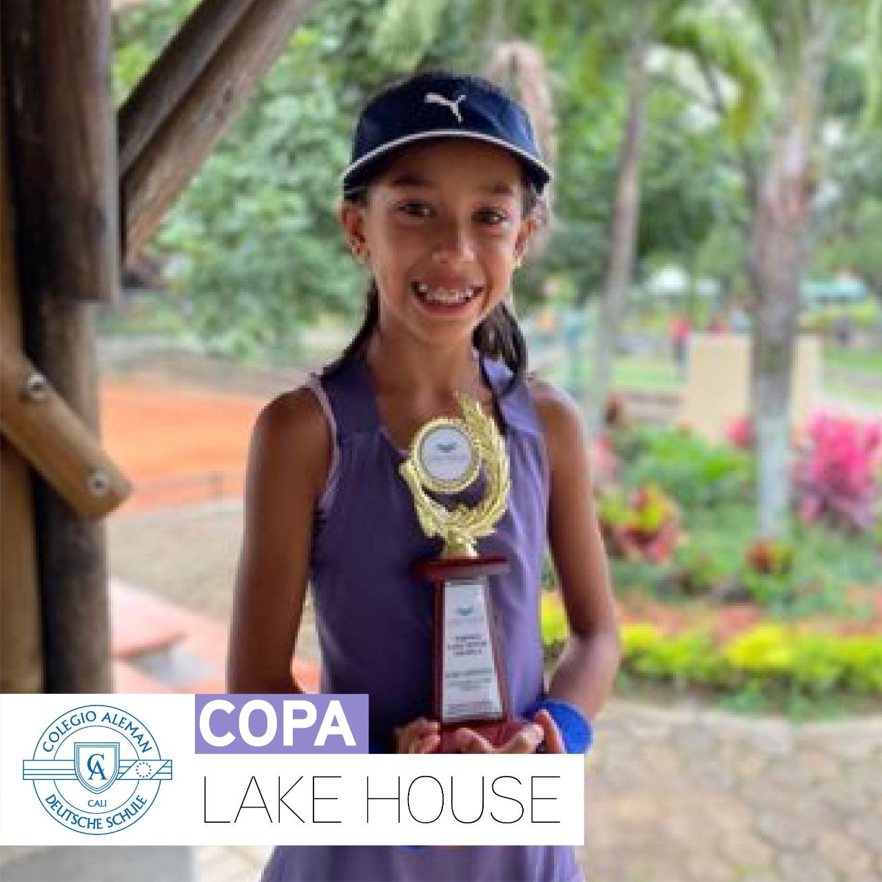 Manuella Medina Castro | Profesional en Tenis